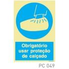 Obrigatorio usar proteção de calçado COVID-19 PC049