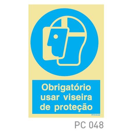 Obrigatorio usar máscara de proteçao COVID-19 PC048